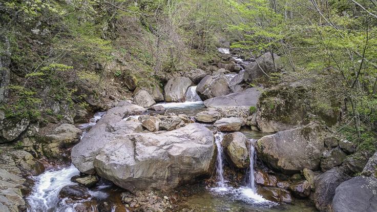 japan_nagano_yonako_falls-22