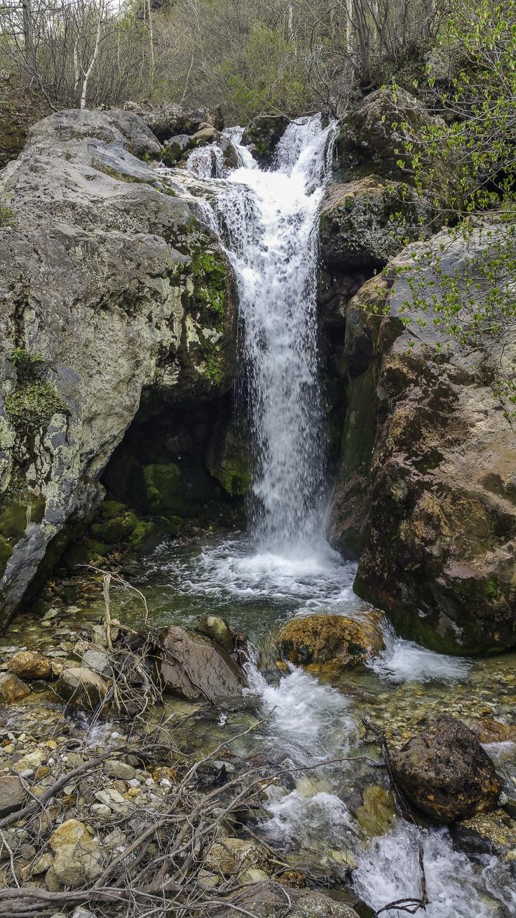 japan_nagano_yonako_falls-2