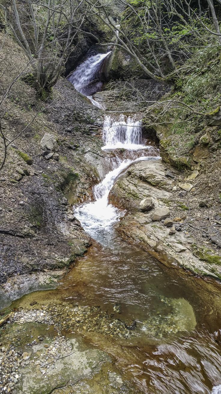 japan_nagano_yonako_falls-6