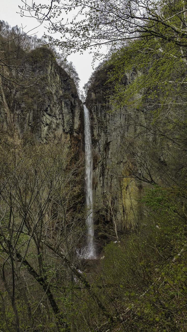 japan_nagano_yonako_falls-9