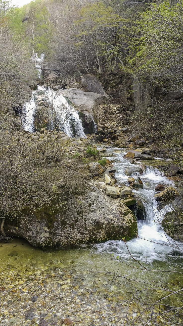 japan_nagano_yonako_falls
