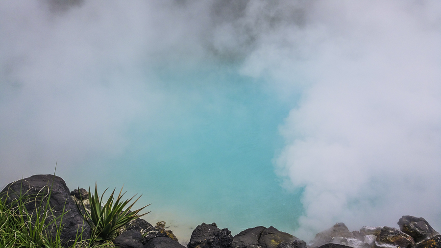 Beppu hell pool